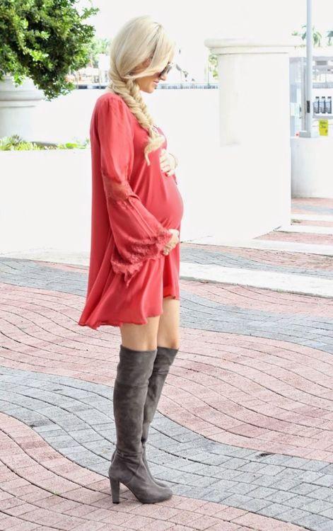 799242d186 Akik szeretnek szexin,de nem túl kihívóan öltözködni a mindennapokban,  azoknak terhesség idején sem tiltott ezen ruhák viselése.